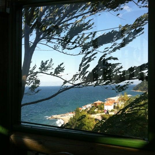 9/10/2012 tarihinde Hülya S.ziyaretçi tarafından Çamlı Kahve'de çekilen fotoğraf