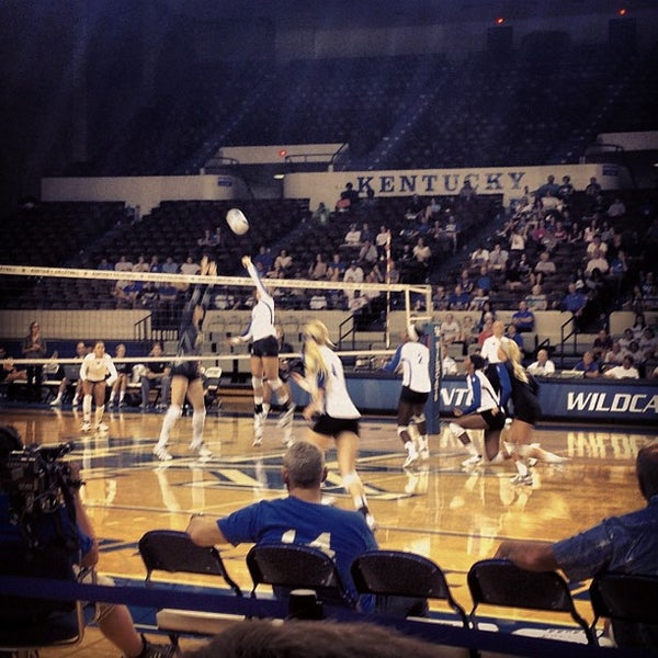 Photo taken at Memorial Coliseum by Aaron L. on 8/26/2012