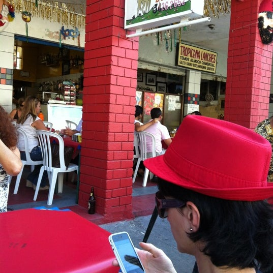 Photo taken at Bode Dourado by Bruno A. on 2/25/2012