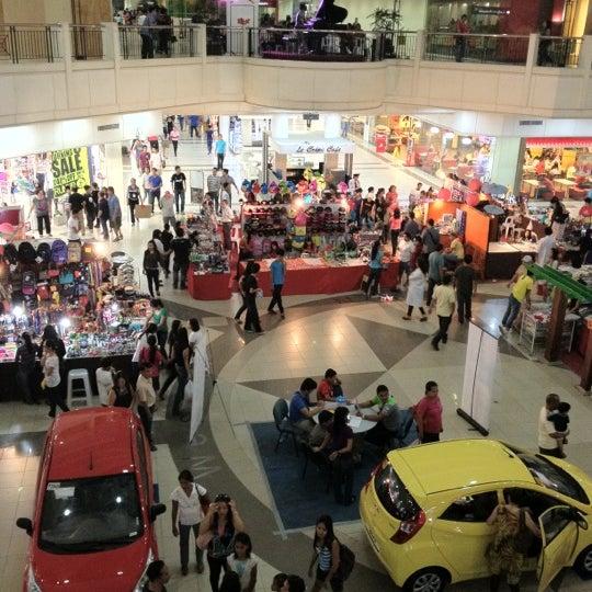 Photo taken at Limketkai Center by Peter Paul F. G. on 7/1/2012