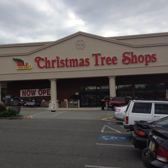 Christmas Tree Shop Connecticut: Christmas Tree Shops