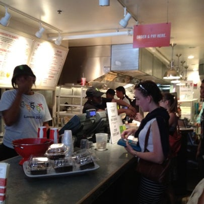 Das Foto wurde bei Good Stuff Eatery von Ricardo T. am 8/3/2012 aufgenommen