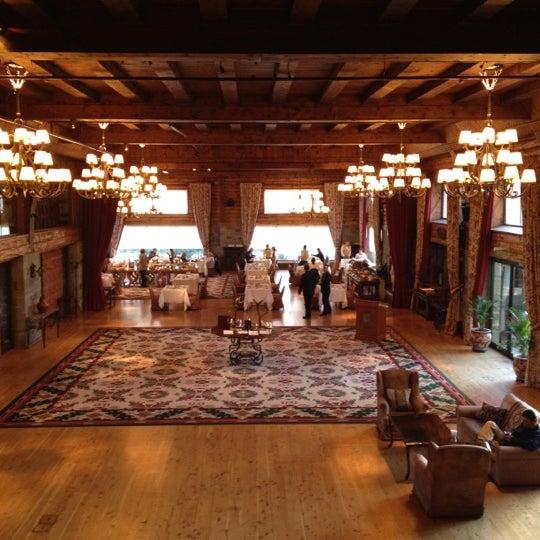 Foto tomada en Llao Llao Hotel & Resort por Fabio H. E. el 7/29/2012