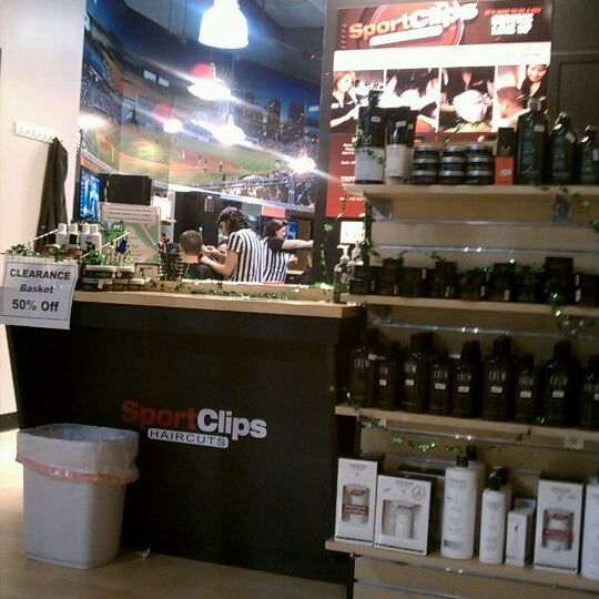 Photo taken at Sport Clips Haircuts of Mooresville by Marcus C. on 2/24/2012