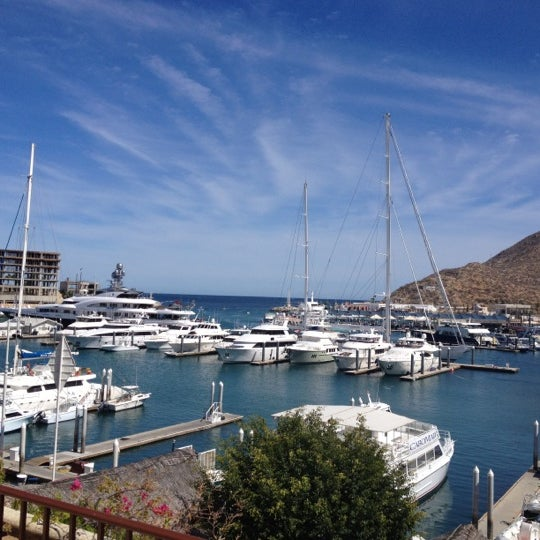 Where's Good? Holiday and vacation recommendations for Cabo San Lucas, Messico. What's good to see, when's good to go and how's best to get there.