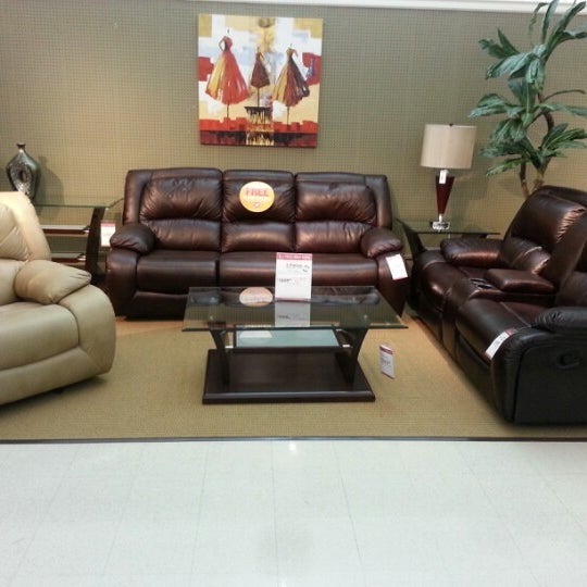 Value City Furniture 37001 Warren Rd