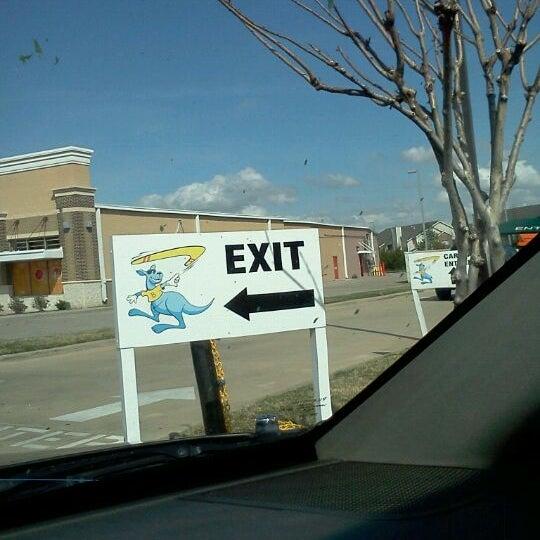 Photo taken at Boomerang Carwash by ~Roni~ on 3/18/2012
