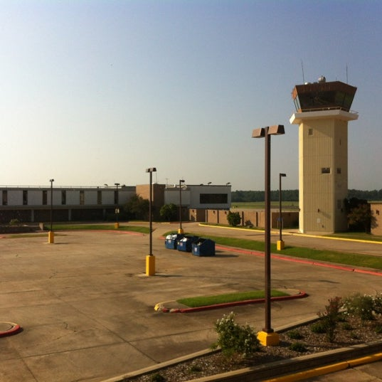 Photo taken at Shreveport Regional Airport (SHV) by Jeff M. on 8/28/2012