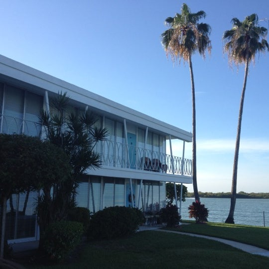 Harbor Club Apartments: Dexter's Apartment