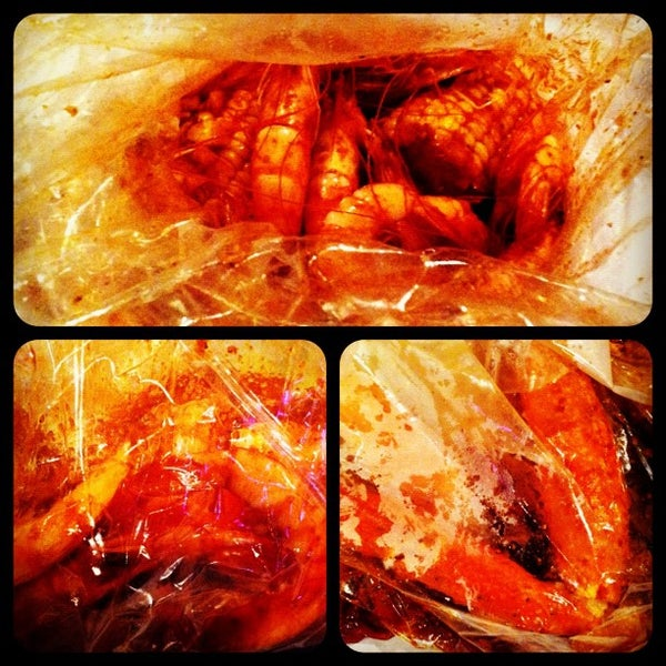 Photo taken at The Boiling Crab by Hau N. on 5/14/2012