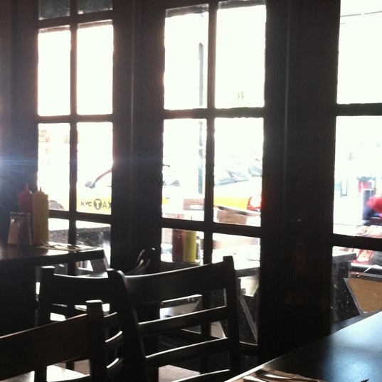 Photo taken at Amsterdam Ale House by Brian on 4/13/2012