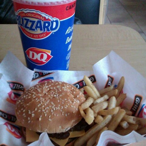 Photo taken at Dairy Queen by Nicholas A. on 3/1/2012