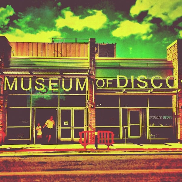 Photo taken at Museum of Discovery Little Rock by Bryan J. on 6/18/2012