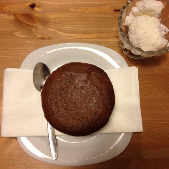 5/17/2012 tarihinde Lady G.ziyaretçi tarafından Semolina Kafe & Restoran'de çekilen fotoğraf