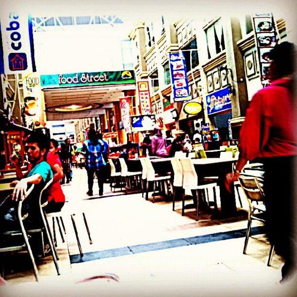 Photo taken at Nagoya Hill Food Street by HerriAbdulkadir on 7/8/2012