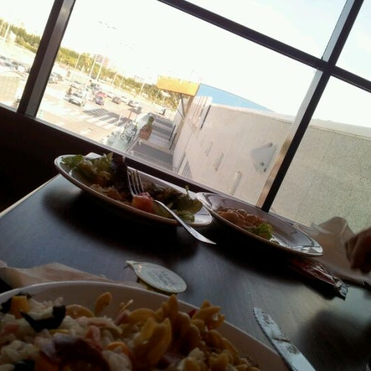 Photo taken at Muerde la Pasta by Richard G. on 3/10/2012