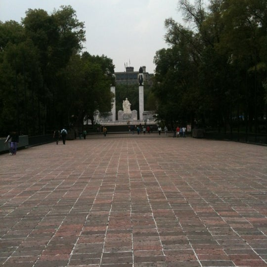 Photo taken at Bosque de Chapultepec by Pepe O. on 5/11/2012