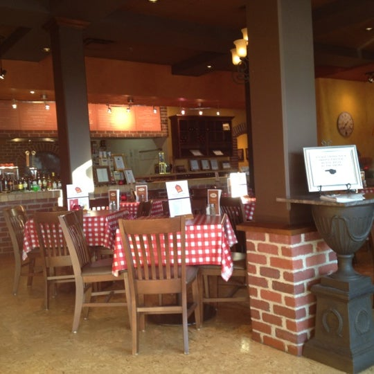 Photo taken at Presto Cucina by Vinte S. on 8/7/2012