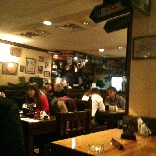 Снимок сделан в Molly Malone's Pub пользователем Серж Б. 4/4/2012