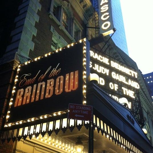 รูปภาพถ่ายที่ Belasco Theatre โดย Mauricio N. เมื่อ 5/9/2012