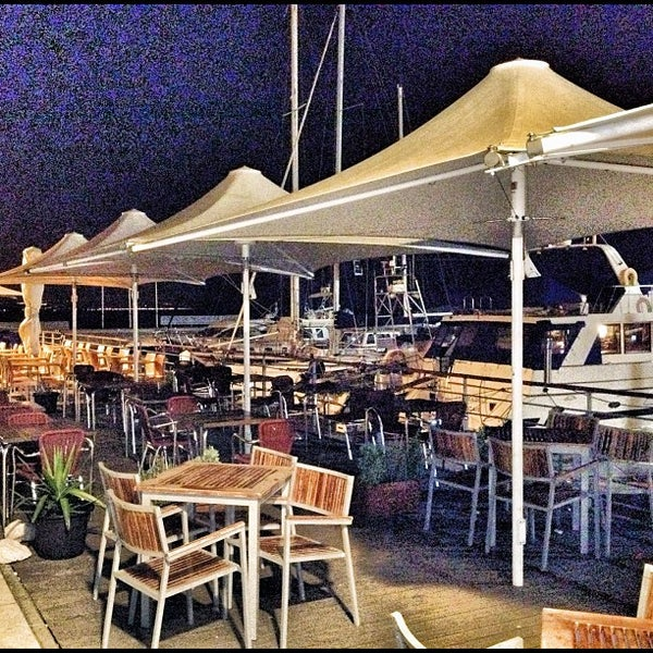 Foto tirada no(a) Porto de Recreio de Oeiras por Jorge B. em 2/27/2012