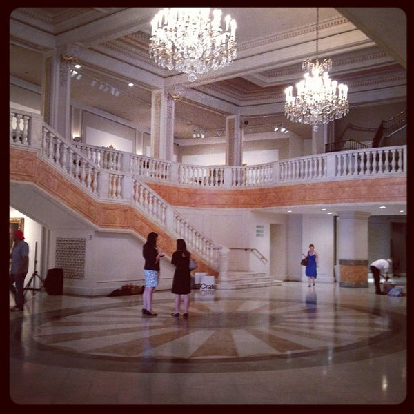 Photo taken at National Museum of Women in the Arts by Jeeves M. on 8/25/2012