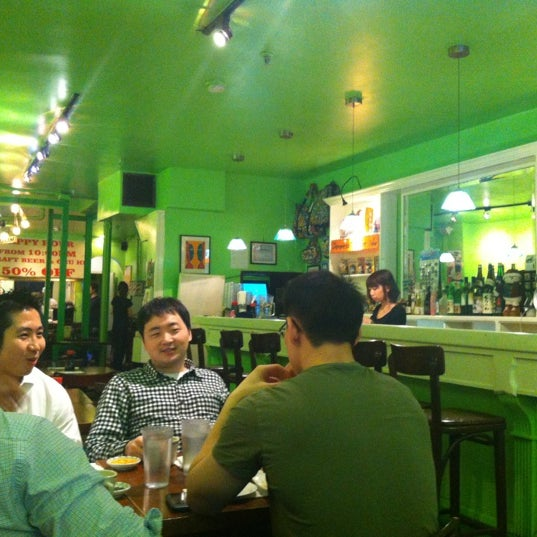 Photo taken at Noodle Cafe Zen by Pao C. on 4/8/2012