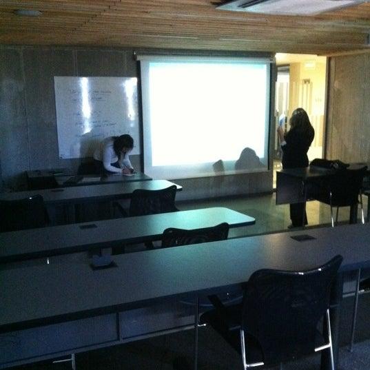 Foto tomada en Universidad Andrés Bello por Jorge N. el 3/29/2012