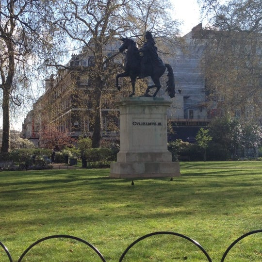 Cool Places In London For Lunch: Park In Piccadilly