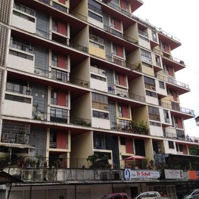 Edif quintas aereas edificio en caracas for Banco exterior caracas