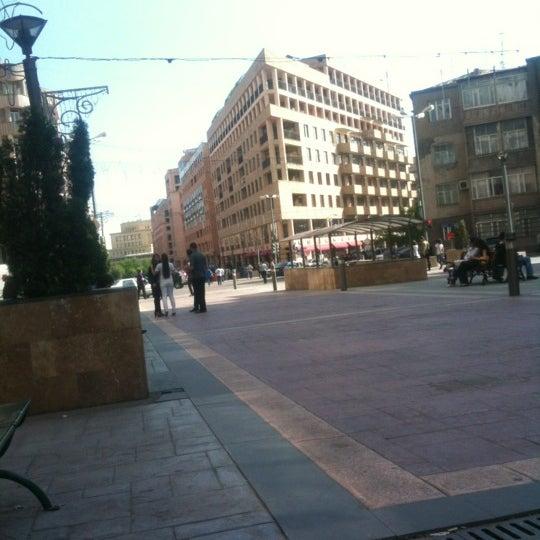 Снимок сделан в Old Erivan Restaurant Complex пользователем Aleksandr C. 4/30/2012