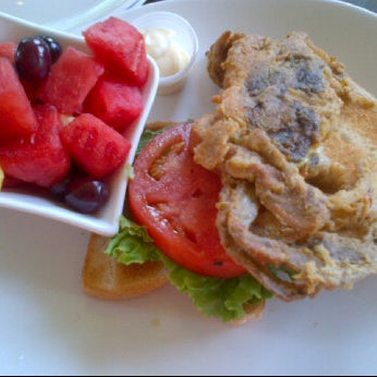 Photo taken at Bluestone Restaurant by Jessica G. on 6/23/2012