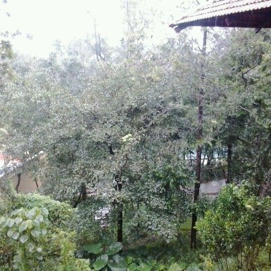 Photo taken at Club Mahindra Madikeri by Anindya H. on 7/27/2012