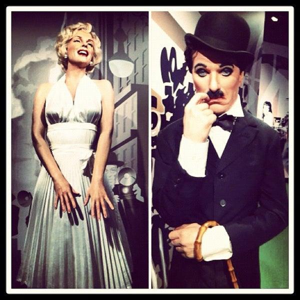 Photo taken at Madame Tussauds by Juliana H. on 2/22/2012