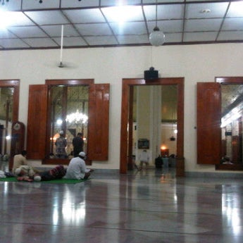 Photo taken at Masjid Jami' Kauman Pekalongan by senopati D. on 7/30/2012