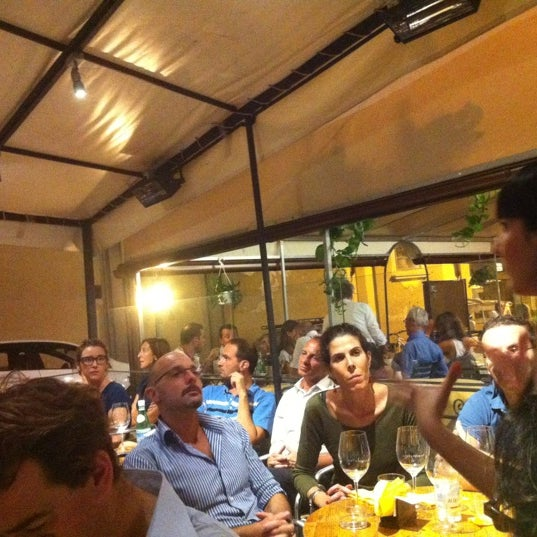 Photo taken at Le volpi e l'uva by Andrea G. on 7/16/2012
