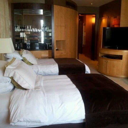 Photo taken at Shangri-La Hotel by Shahad S. on 4/18/2012