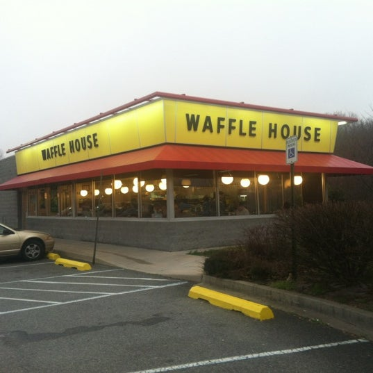 If you're northbound on I-95, this is the closest Waffle House to New York City. You won't find any north of here.