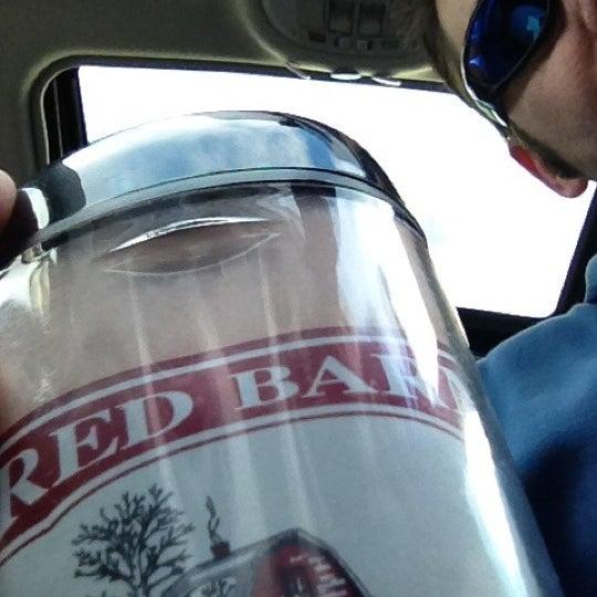 Foto tirada no(a) Red Barn Coffee At Angel's Cafe por Tonyhopedale em 4/12/2012