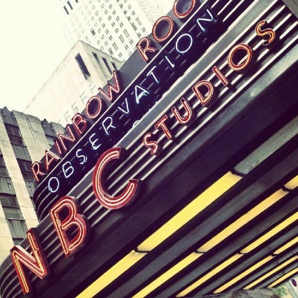 Foto tirada no(a) Late Night with Jimmy Fallon por Scott S. em 7/16/2012