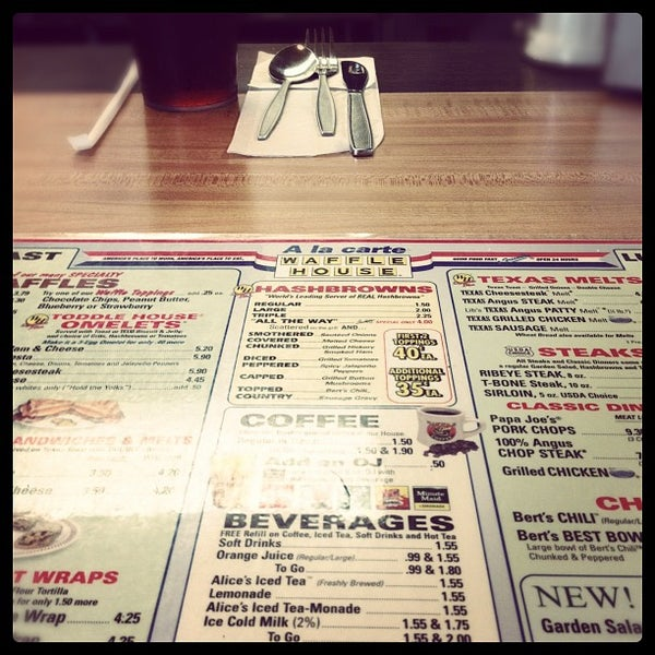 Photo taken at Waffle House by Jana A. on 8/8/2012