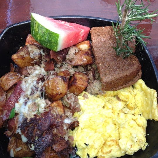 Photo taken at Hash House a Go Go by Sarah K. on 3/26/2012