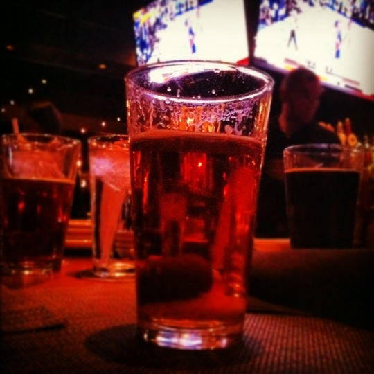 Photo taken at Thirsty Lion Pub & Grill by mihir b. on 5/5/2012