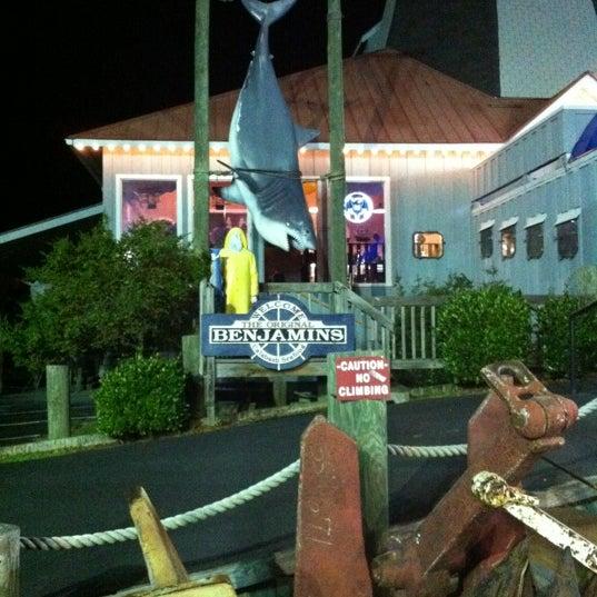 Photo taken at The Original Benjamin's Calabash Seafood by Karen B. on 5/31/2012