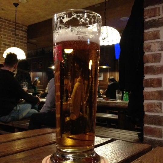 Снимок сделан в Beer Point пользователем Eugene S. 2/29/2012