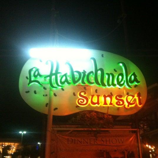 Foto tomada en La Habichuela Sunset por Sazones O. el 3/11/2012