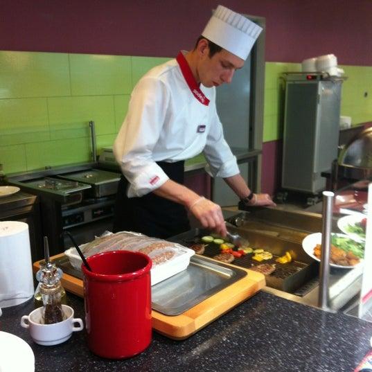 Работа поваром в кампания мега фудз