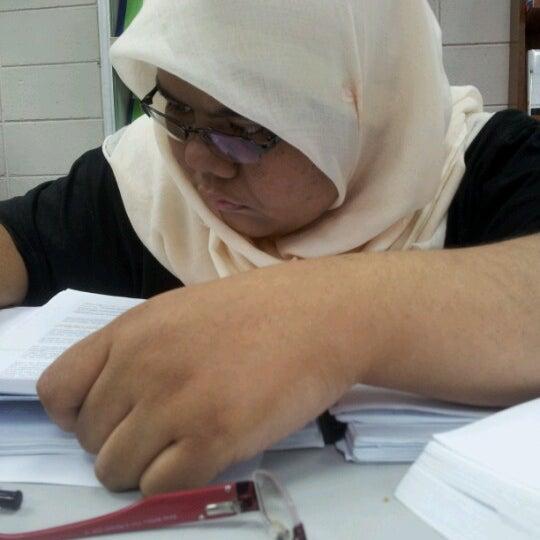 Photo taken at National Library (Perpustakaan Negara) by ZiHa S. on 6/16/2012