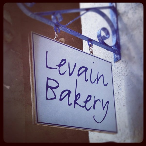Photo taken at Levain Bakery by Stef D. on 9/11/2012