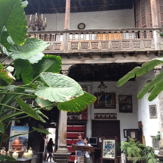 Foto tomada en La Casa De Los Balcones por Marijana B. el 8/17/2012